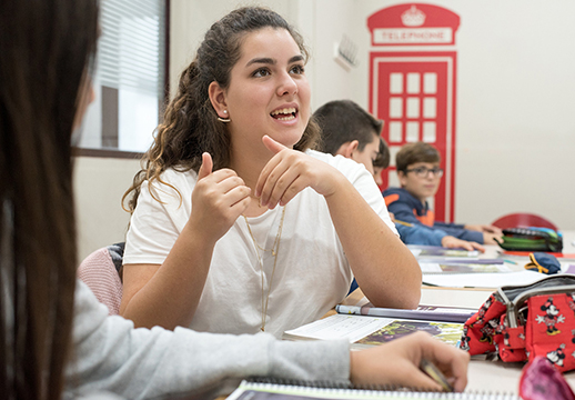 Cursos de inglés en verano para jóvenes